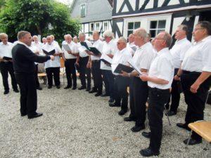CIMG9877 MGV Freude Grissenbach und KAB-Chor Walpersdorf mit Chorleiter Uwe Werthebach